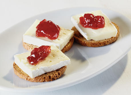 brie-and-jam-on-crackers_large.jpg